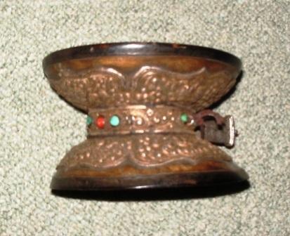 Tibetaanse schedeltrommel voor sjamanistische helingsrituelen